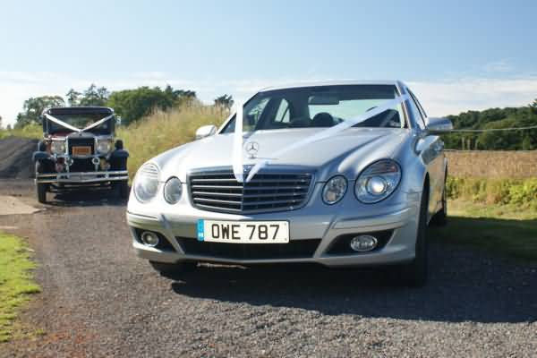 Mercedes E class wedding car&nbsp;&nbsp;&nbsp; - &nbsp;&nbsp;&nbsp;<small>&copy;&nbsp;&nbsp; David Jones&nbsp;</small>