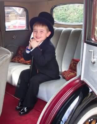 What a super young pageboy&nbsp;&nbsp;&nbsp; - &nbsp;&nbsp;&nbsp;<small>&copy;&nbsp;&nbsp; D Jones&nbsp;</small>