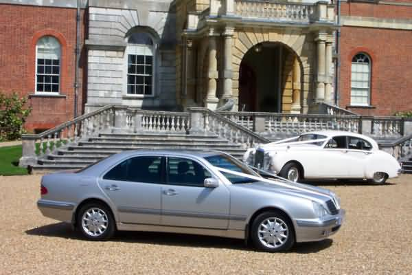Great additional wedding cars&nbsp;&nbsp;&nbsp; - &nbsp;&nbsp;&nbsp;<small>&copy;&nbsp;&nbsp; David Jones&nbsp;</small>