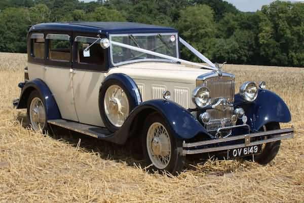 The largest Morris ever produced, a perfect wedding car&nbsp;&nbsp;&nbsp; - &nbsp;&nbsp;&nbsp;<small>&copy;&nbsp;&nbsp; David Jones&nbsp;</small>
