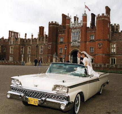 The car looks great wherever it goes&nbsp;&nbsp;&nbsp; - &nbsp;&nbsp;&nbsp;<small>&copy;&nbsp;&nbsp; David Jones&nbsp;</small>