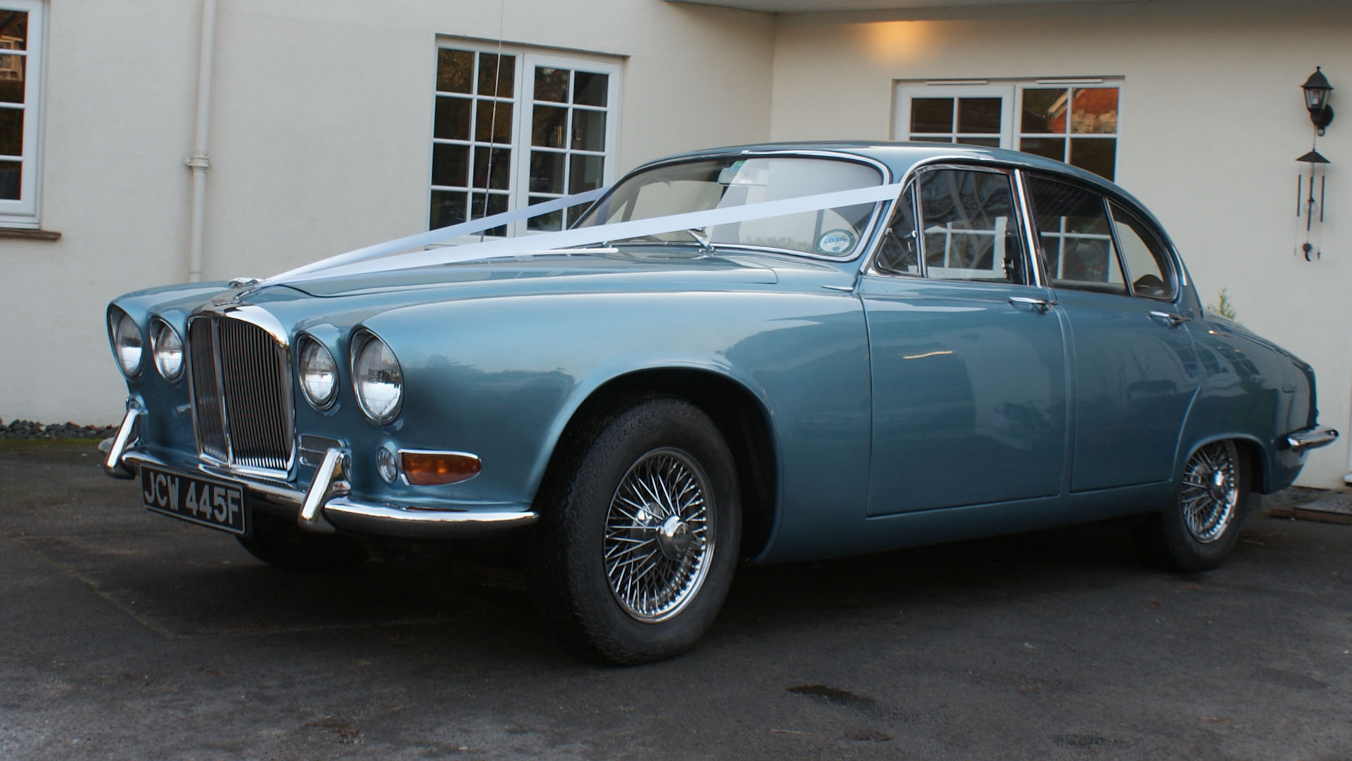 Jaguar 420 Wedding Car