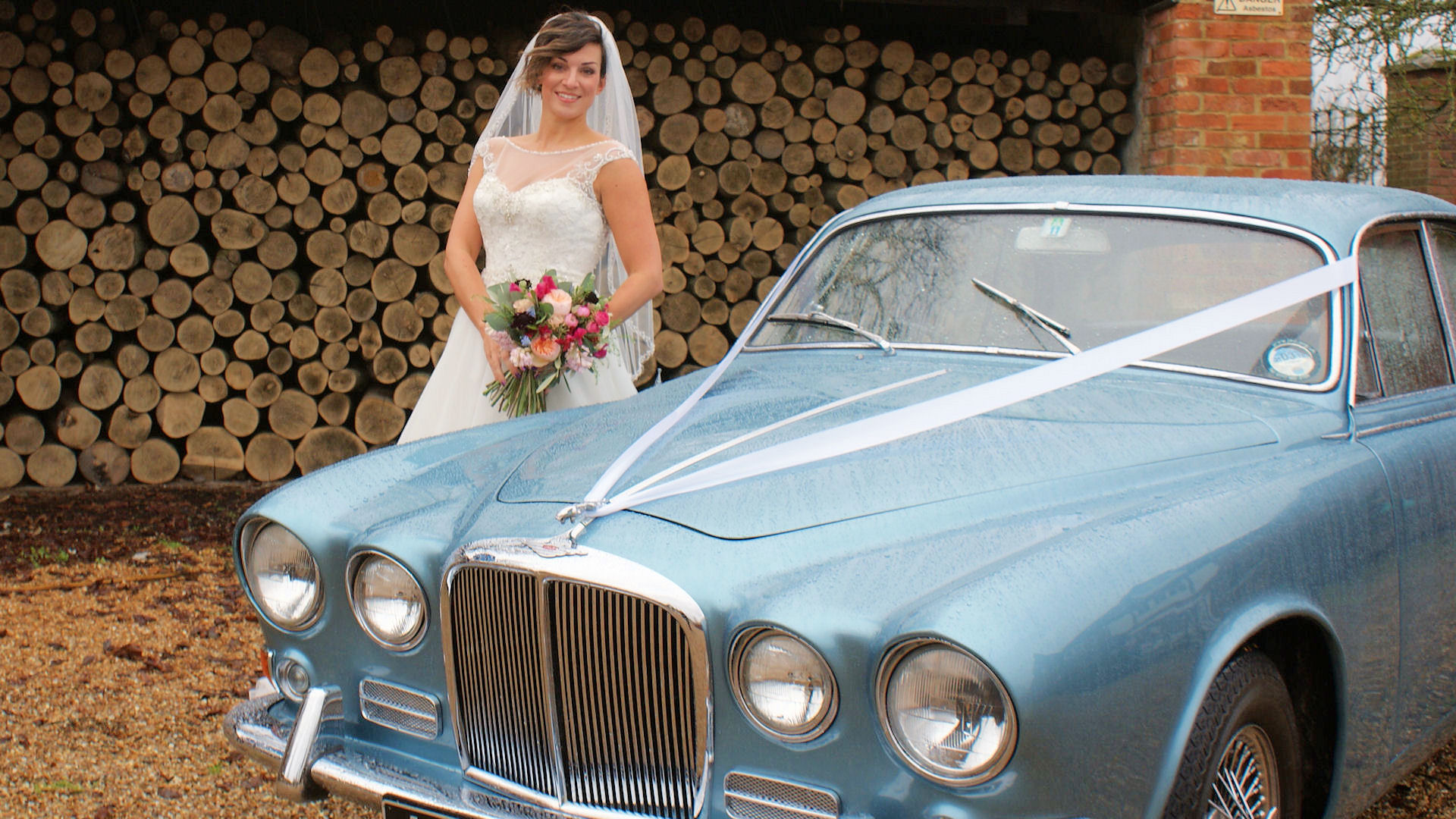 Our bride just really loves this car&nbsp;&nbsp;&nbsp; - &nbsp;&nbsp;&nbsp;<small>&copy;&nbsp;&nbsp; David Jones&nbsp;</small>