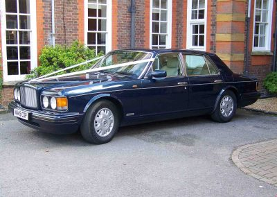 Classic & Vintage Weding Cars - Wedding Car rentals near Farnham - Vintage Wedding Crs (101 of 110)