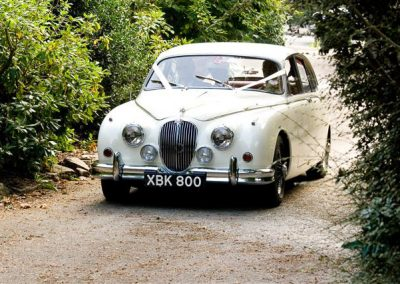 Classic & Vintage Weding Cars - Wedding Car rentals near Farnham - Vintage Wedding Crs (16 of 110)