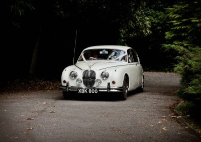 Classic & Vintage Weding Cars - Wedding Car rentals near Farnham - Vintage Wedding Crs (33 of 110)