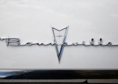 Classic & Vintage Weding Cars - Wedding Car rentals near Farnham - Vintage Wedding Crs (52 of 110)