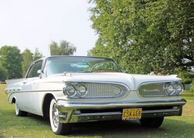 bonnie-classic-american-wedding-car