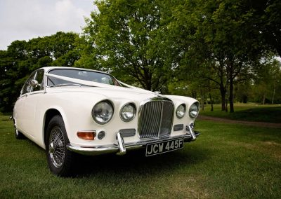 jaguar-wedding-car-1